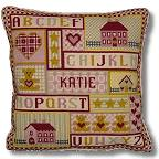 The Historical Sampler Company - Heart & House Tapestry Kit